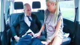Kadın Uber Şoföründen Erkek Yolcuya Özel Taşıma